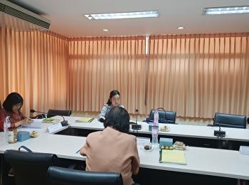 นักศึกษาสาขาวิชาการแพทย์แผนไทยประยุกต์สอบเค้าโครงวิทยานิพนธ์