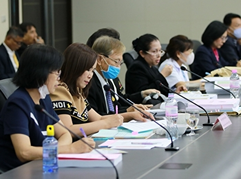 บัณฑิตวิทยาลัยจัดประชุมหารือการทำวิทยานิพนธ์และการนำเสนอบทคัดย่อของนักศึกษาระดับปริญญาเอก